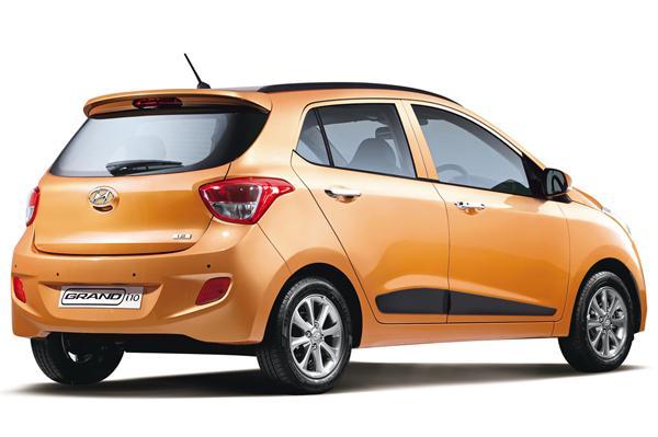 Hyundai-Grand-i10-India-rear