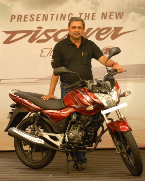 Launch of BAJAJ - Discover 100 M by K. Srinivas, President (Motorcycle Business), Bajaj Auto Ltd (2)