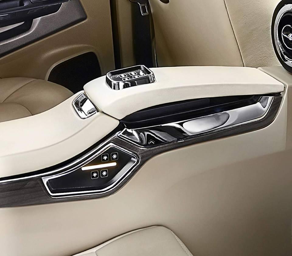 DC Design Ford EcoSport interiors 4