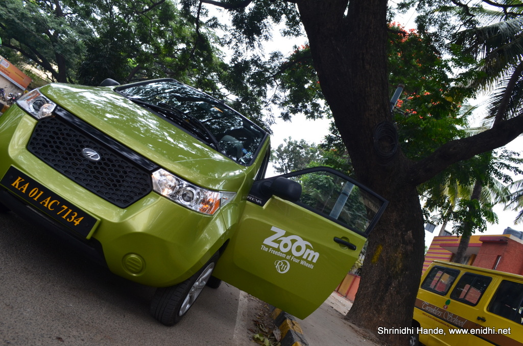 zoom reva electric car