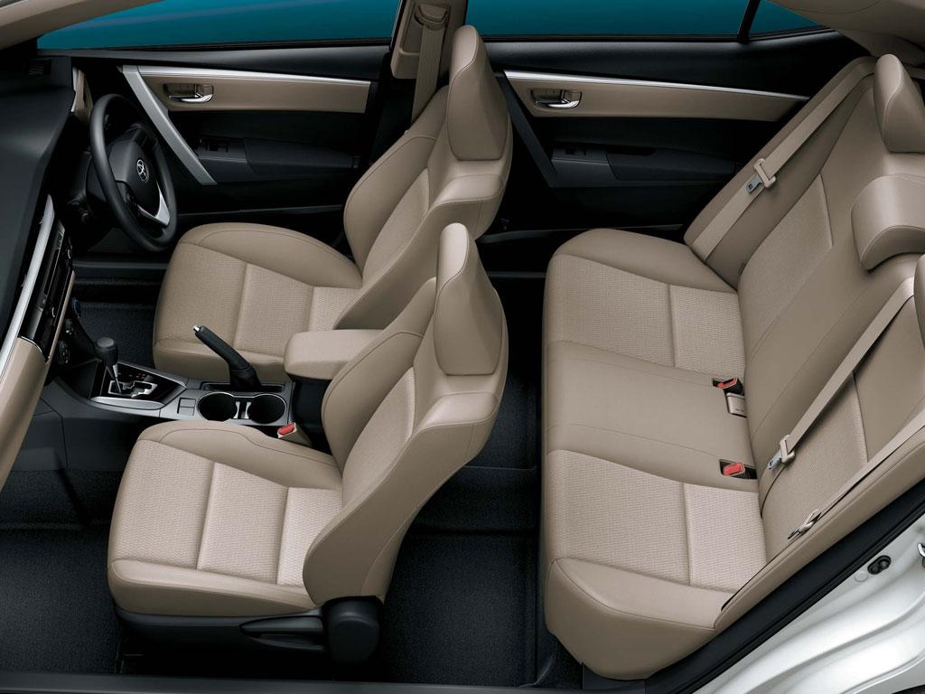 Toyota Corolla Altis Interior 2013 Corolla Altis Interiors
