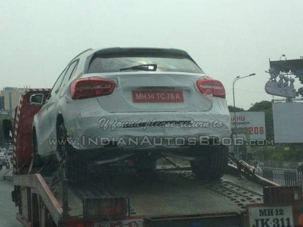 Mercedes-GLA-spied-in-India-rear