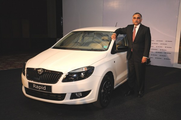 02 Mr. Sudhir Rao, Chairman and Managing Director - SKODA Auto India launching the SKODA Rapid with 7 Speed Automatic DSG Transmission