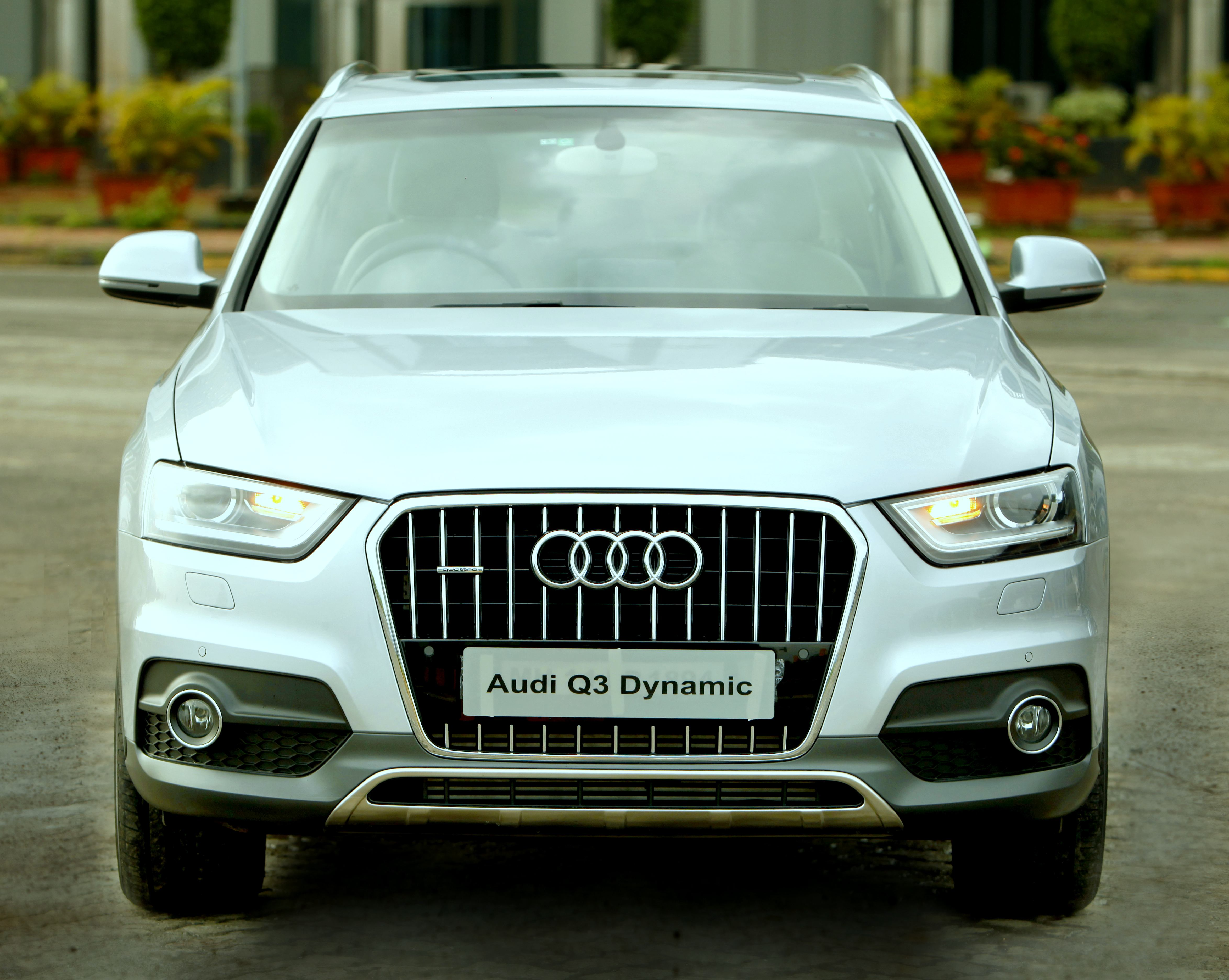Audi Q Expands Its Range Introduces Audi Q Dynamic - Audi car q3 price in india