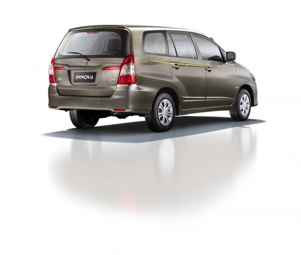 Toyota Innova Limited Edition 2014 Rear