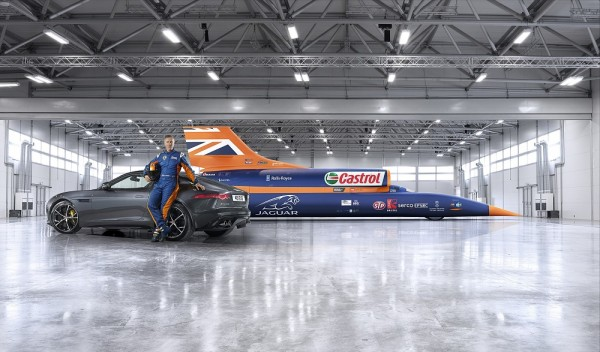 Jaguar F-Type R Bloodhound SSC Record Bid