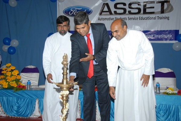 PK Umashankar, VP, Ford Customer Service Launching Asset Centre in Banga...