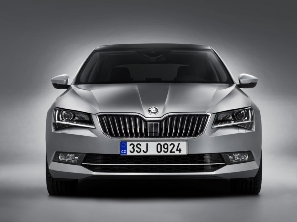 The New SKODA Superb (1)