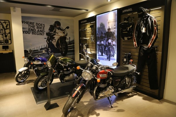 Triumph Motorcycle Dealership Indore (3)