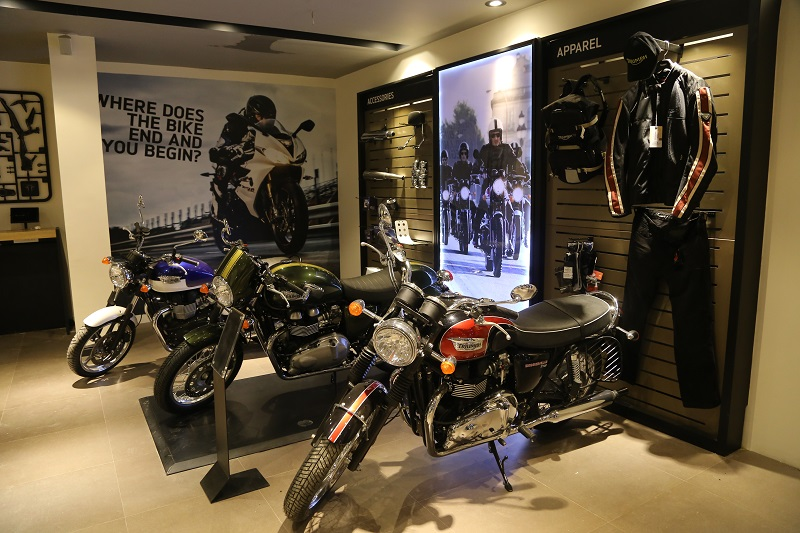 triumph celebrates the love for riding on the occasion of