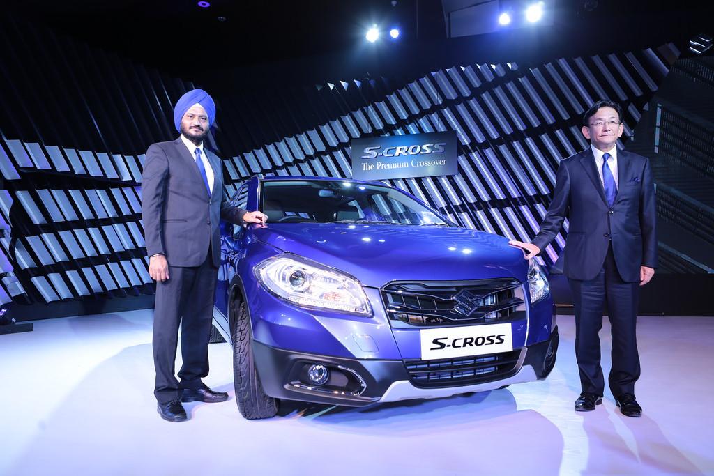 Kenichi Ayukawa MD & CEO (right) along with R S Kalsi, ED M&S, Maruti Suzuki India, launch S-CROSS , India's first premium crossover