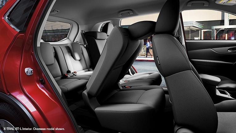 Nissan X-Trail interior 7 seats