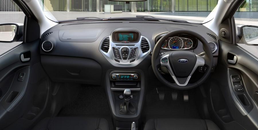 2015-Ford-Figo-interior