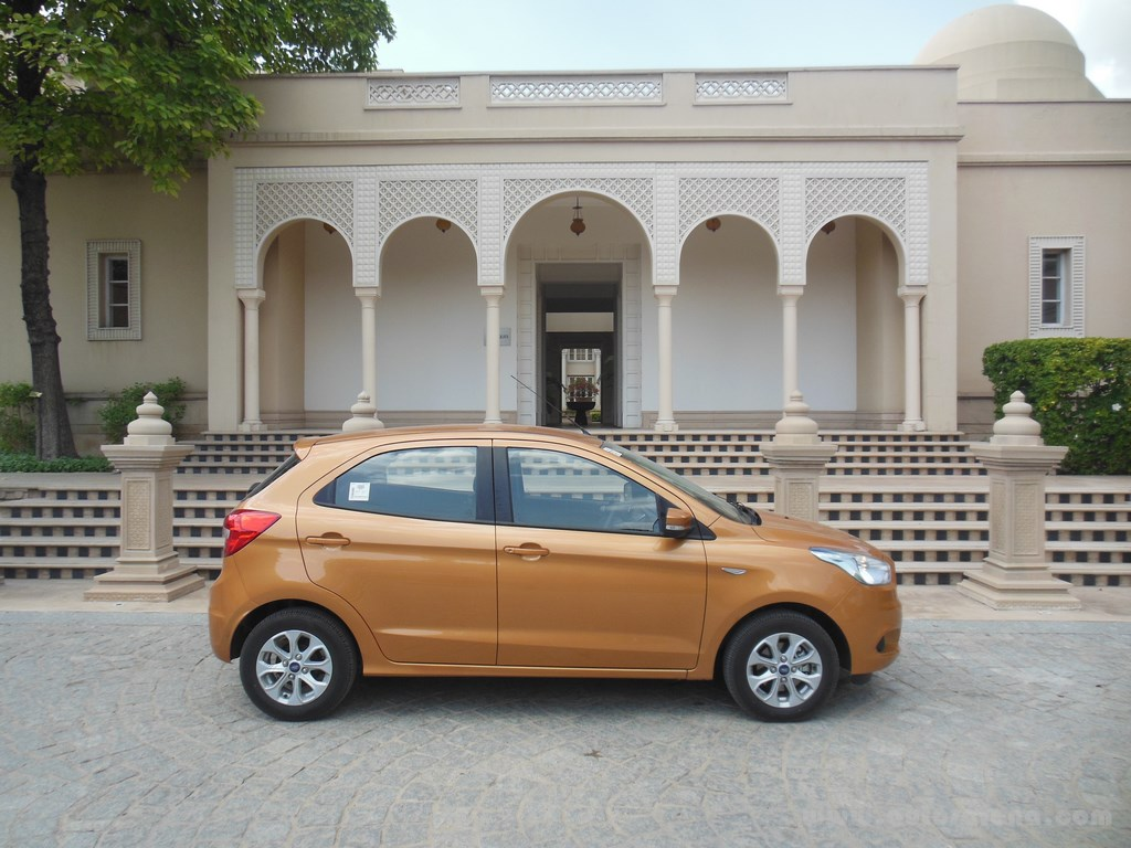 Ford Figo Hatchback (10)