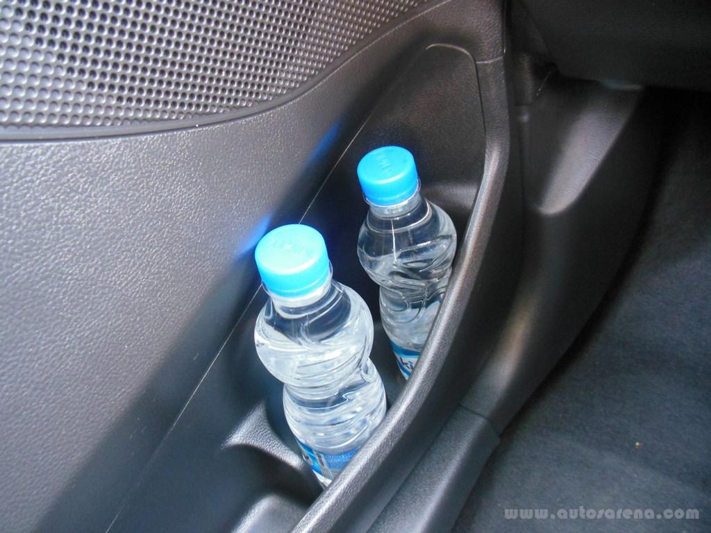 Ford Figo Hatchback (39)