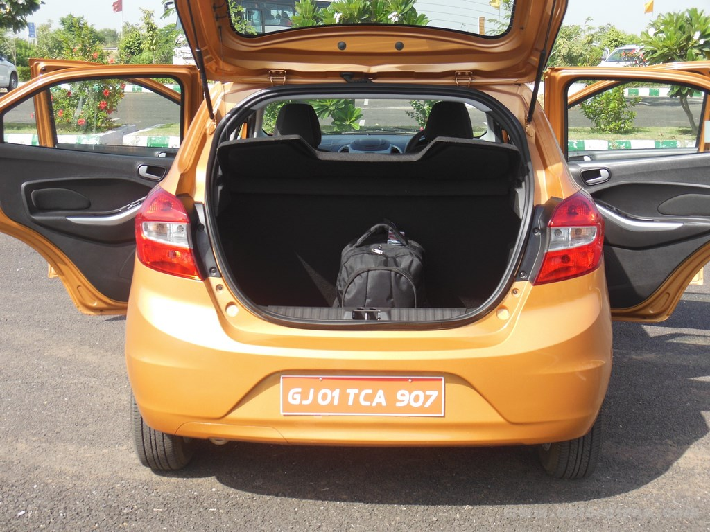 Ford Figo Hatchback (45)