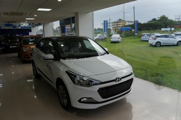 Hyundai Elite i20 celebration Edition (2)