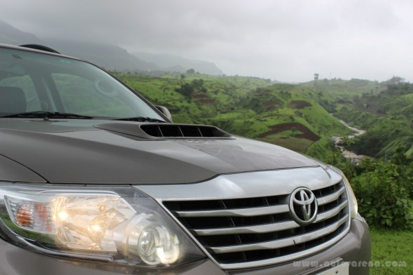 Toyota Fortuner 4x4 Automatic review (12)