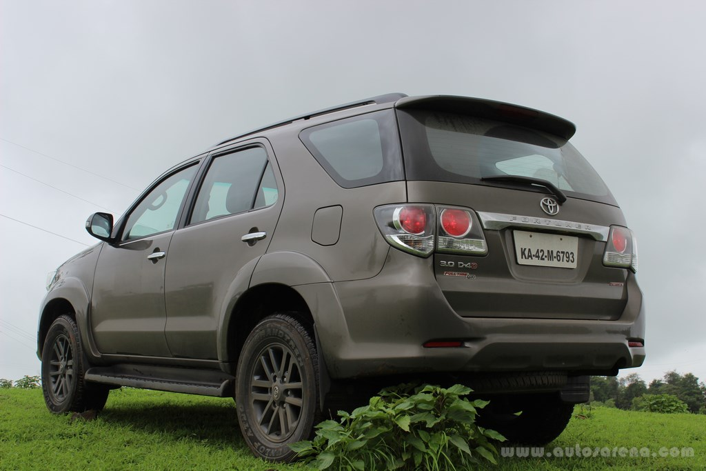 Toyota Fortuner 4x4 Automatic review (8) -