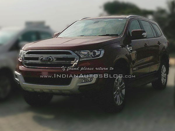 2016-Ford-Endeavour-front-three-quarter-snapped-at-an-Indian-dealership