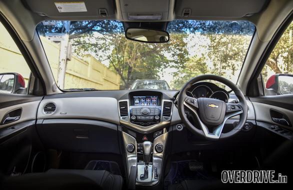 2016-Chevrolet-Cruze-18