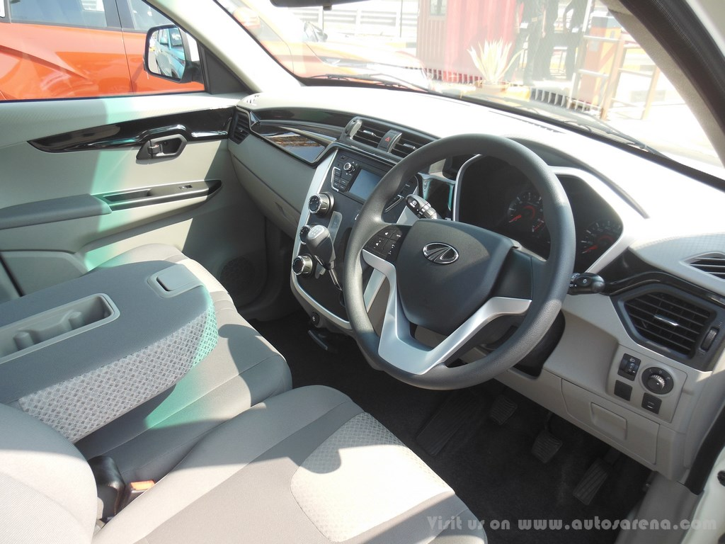 mahindra kuv 100 dash and steering. Black Bedroom Furniture Sets. Home Design Ideas