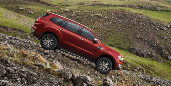 New Ford Endeavour 10