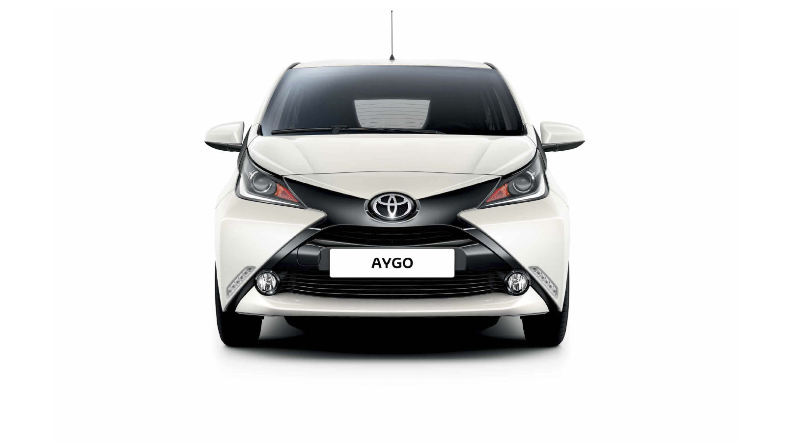 toyota aygo 2015 exterior 1. Black Bedroom Furniture Sets. Home Design Ideas