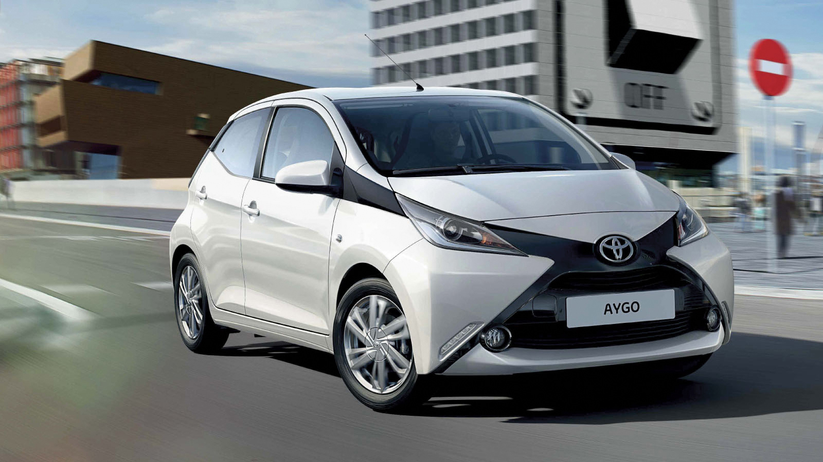 toyota aygo 2015 exterior 2. Black Bedroom Furniture Sets. Home Design Ideas
