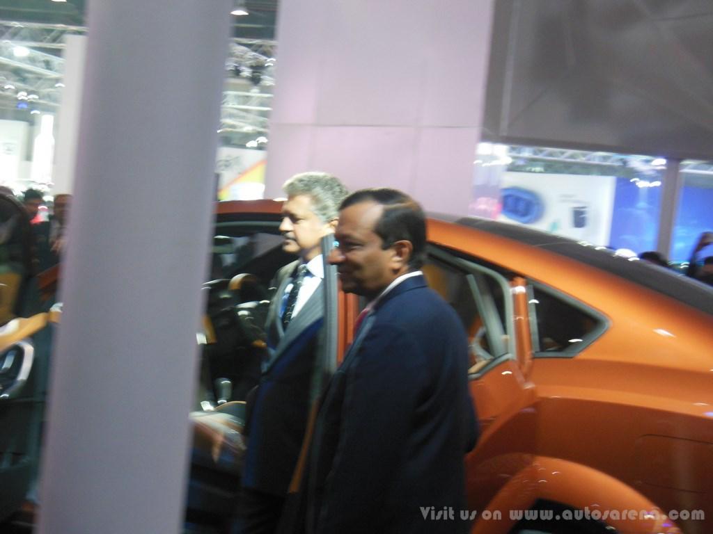 Mahindra XUV Aero Concept Exteriors (19)