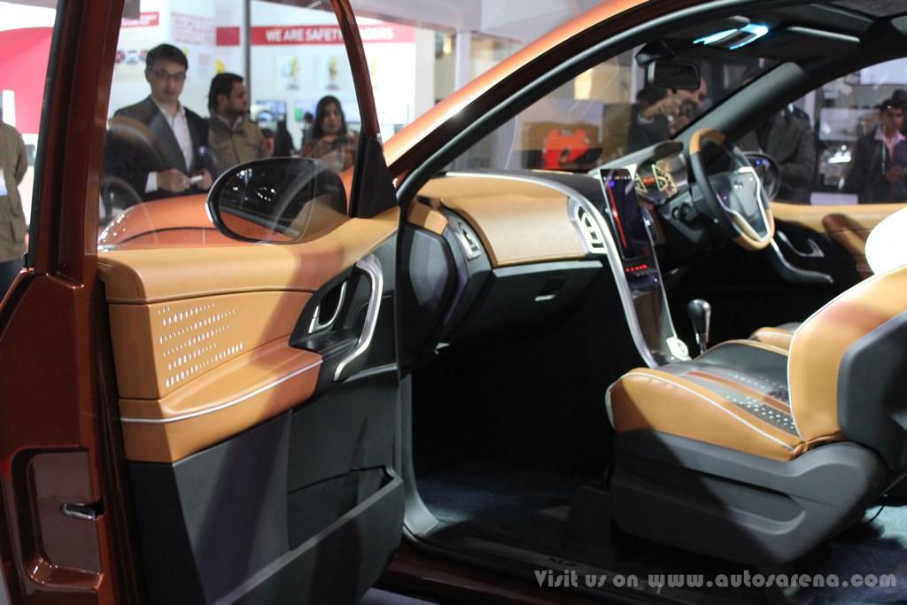 Mahindra XUV Aero Concept Interiors (11)