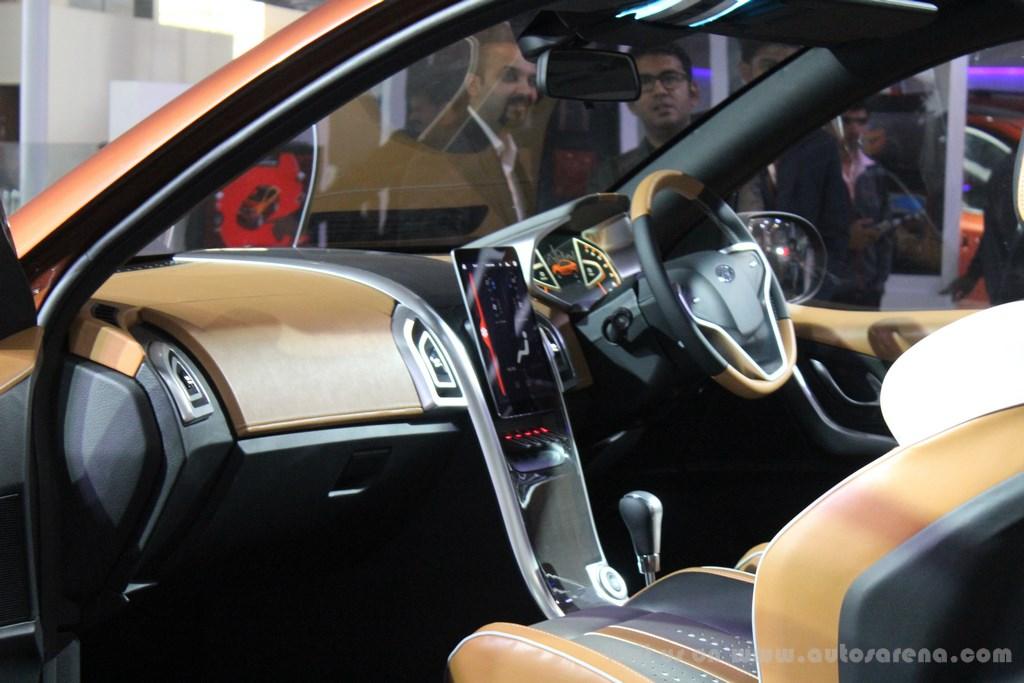 Mahindra XUV Aero Concept Interiors (12)