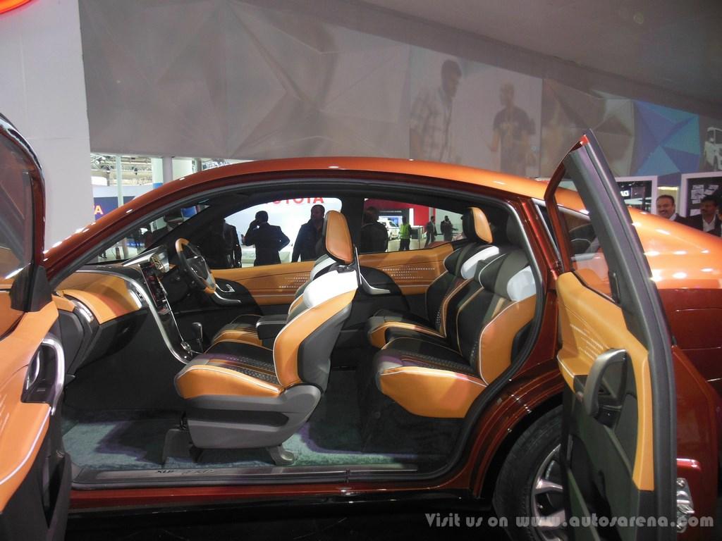 Mahindra XUV Aero Concept Interiors (5)