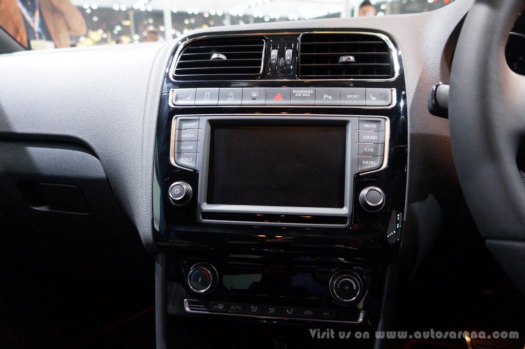 Volkswagen Polo GTI  Interiors  (7)