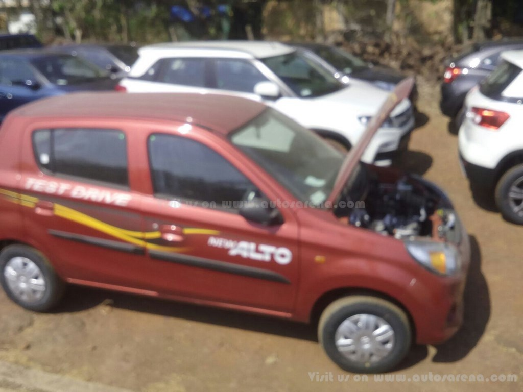 Maruti suzuki alto 800 facelift spotted at dealer yard launch soon