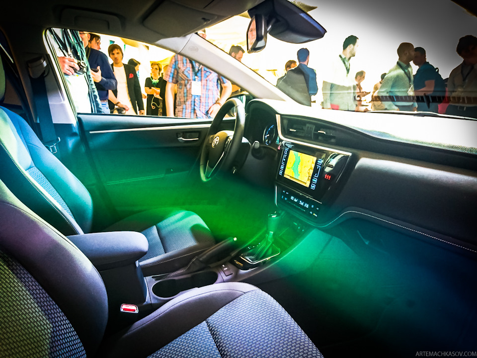 2017-Toyota-Corolla-facelift Live images interior