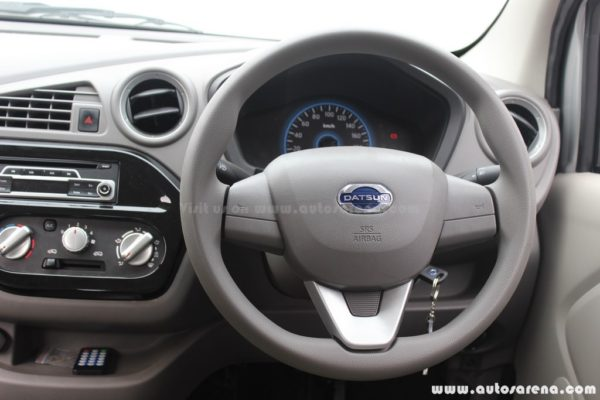 Datsun redi-Go review Steering wheel