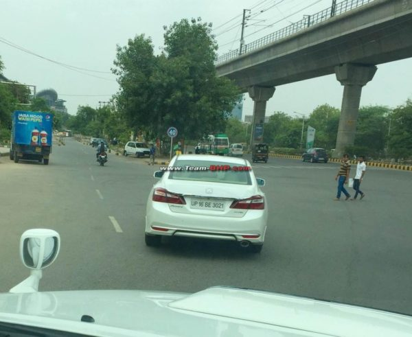 2016-Honda-Accord-spied-in-India