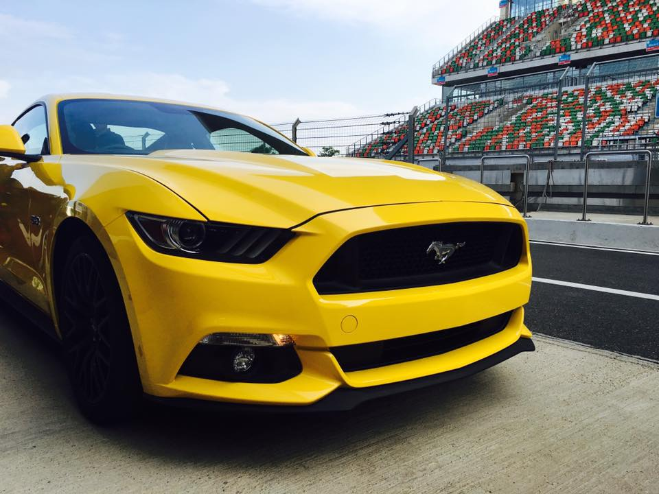 Ford Mustang India 4