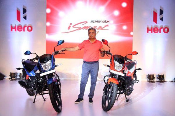 Pawan Munjal with new Splendor iSmart 110