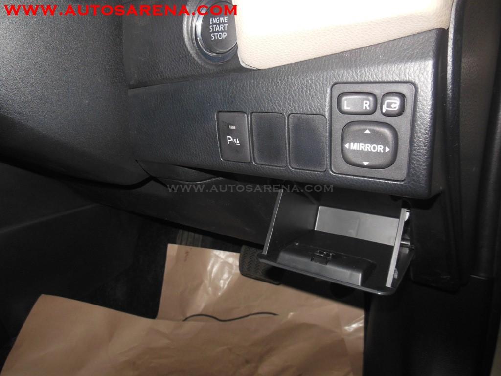 Toyota Corolla Altis (4)