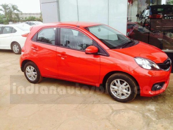 Honda Brio Facelift spotted at dealership side