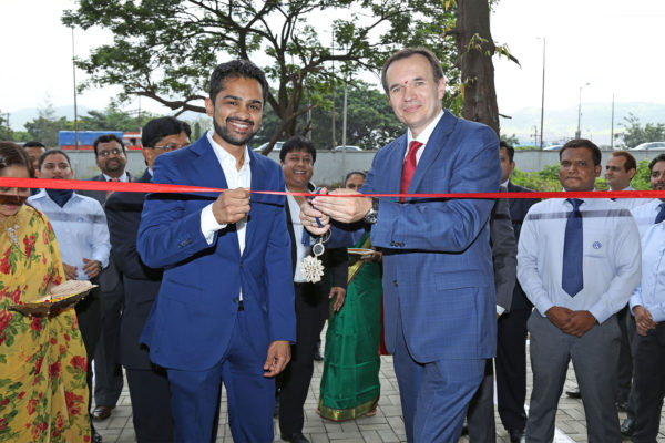 Volkswagen inaugurates showroom in in Nerul, Navi Mumbai 1