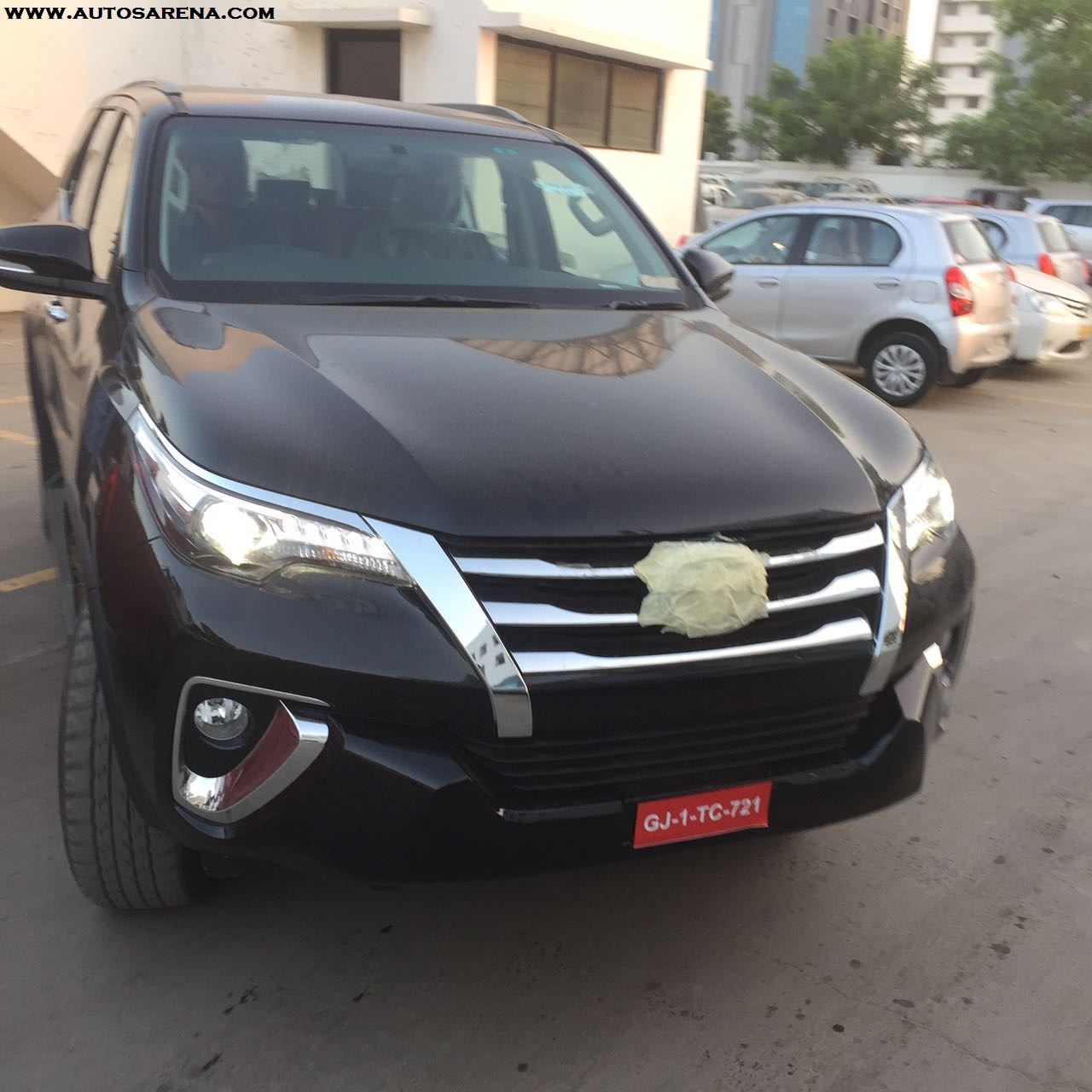 new generation toyota fortuner spotted at a dealership many images of the new suv. Black Bedroom Furniture Sets. Home Design Ideas