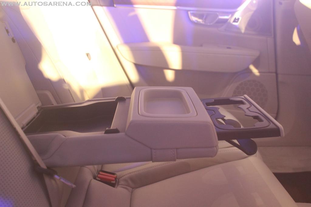 Volvo S90 India Interiors (21)