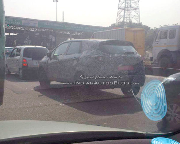 renault-kaptur-rear-three-quarter-spotted-in-india