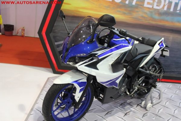 Bajaj 2017 Pulsar RS 200 BS4 variants with new colors introduced -