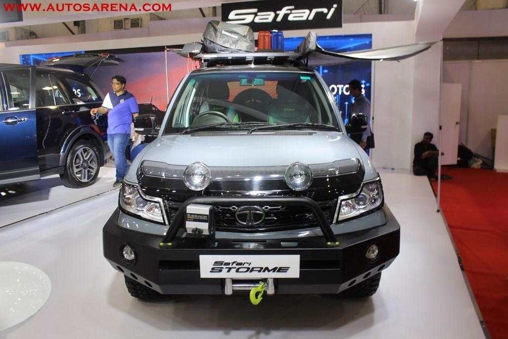 Tata Safari Strome Explorer edition (2)