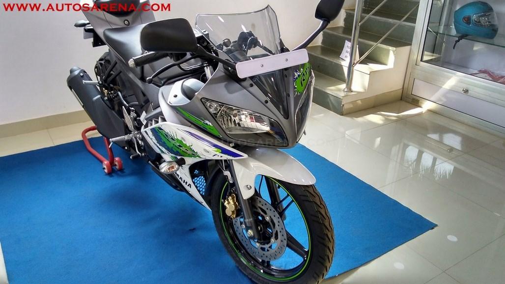 Yamaha R15 V2.0 Special Edition Sparky Green (14)