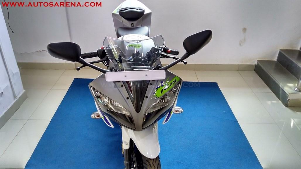 Yamaha R15 V2.0 Special Edition Sparky Green (5)